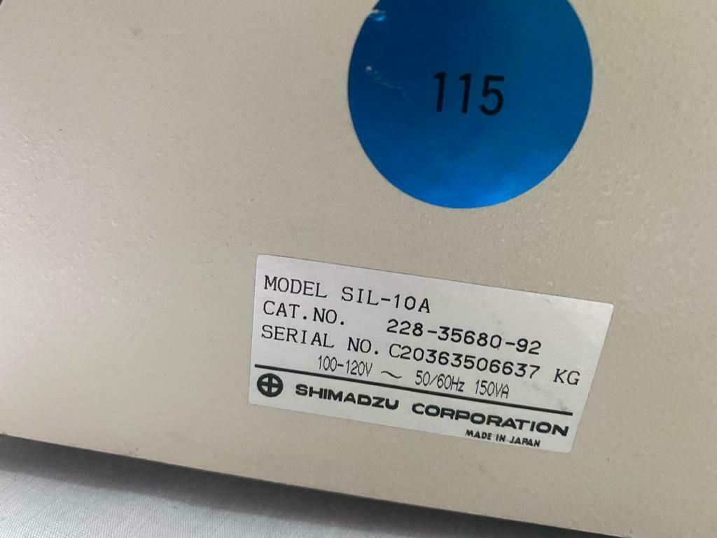 (2) Shimadzu SIL-10A Autoinjector + Syringe for SIL-10A
