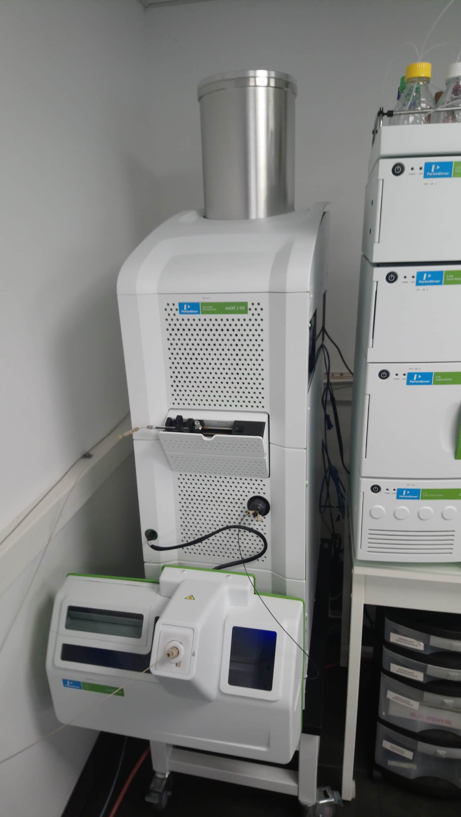 Perkin Elmer Axion 2 TOF Liquid Chromatography Mass Spectrometry (LC/MS)