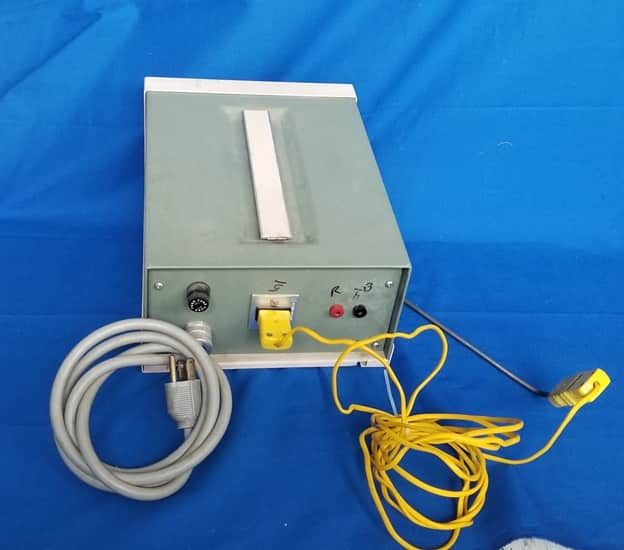 C.W. Barbender  Digital Temperature Monitor model 245 with probe