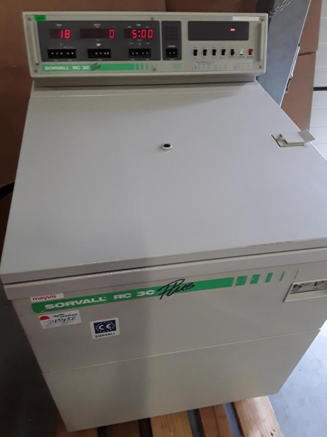 Sorvall RC-3C Plus in perfect condition upto 6 liter Low speed Floor Centrifuge