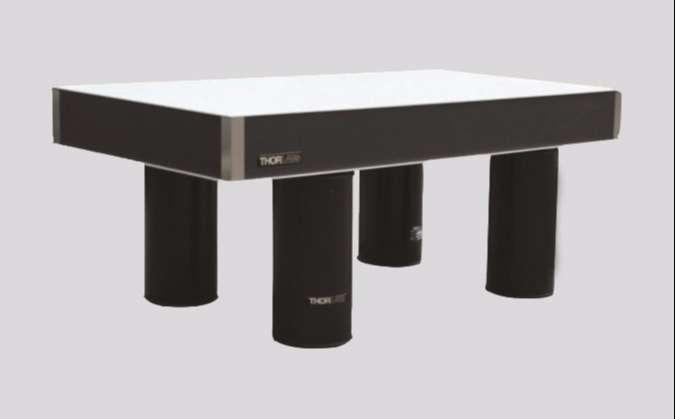 ThorLabs 8'X4' Optical Table PTQ11109