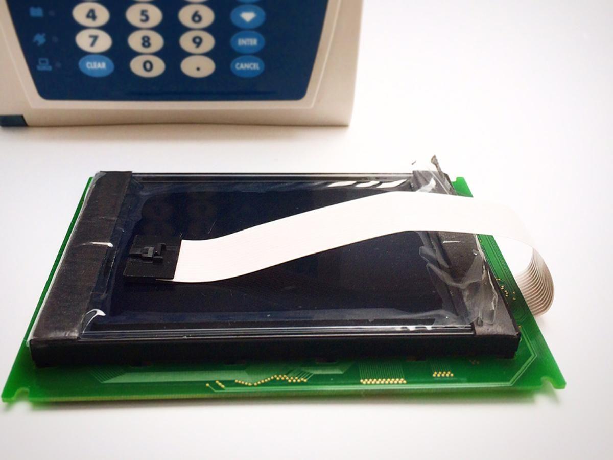Alaris 8000 LCD Panel  #147079-100