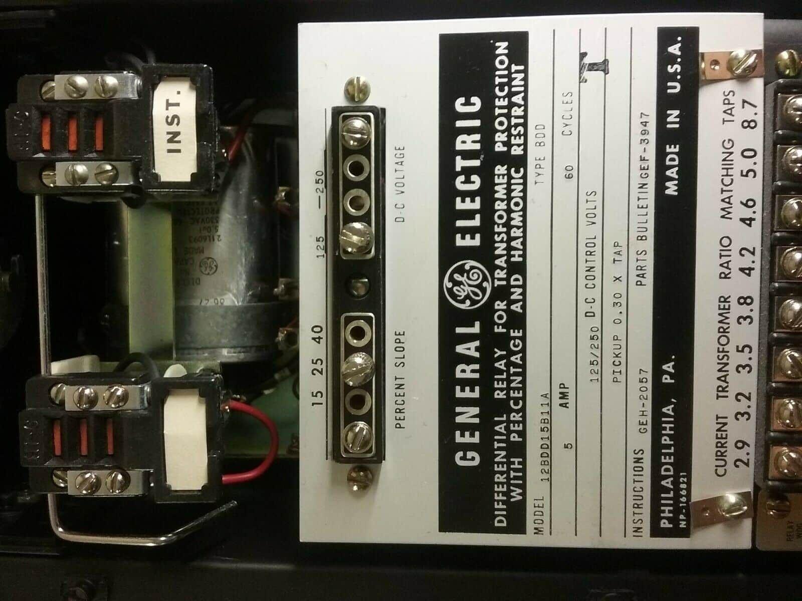 General Electric Transformer Differential Relay 12BDD15B11A