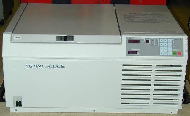 MSE Mistral 3000E Bench-model Centrifuge