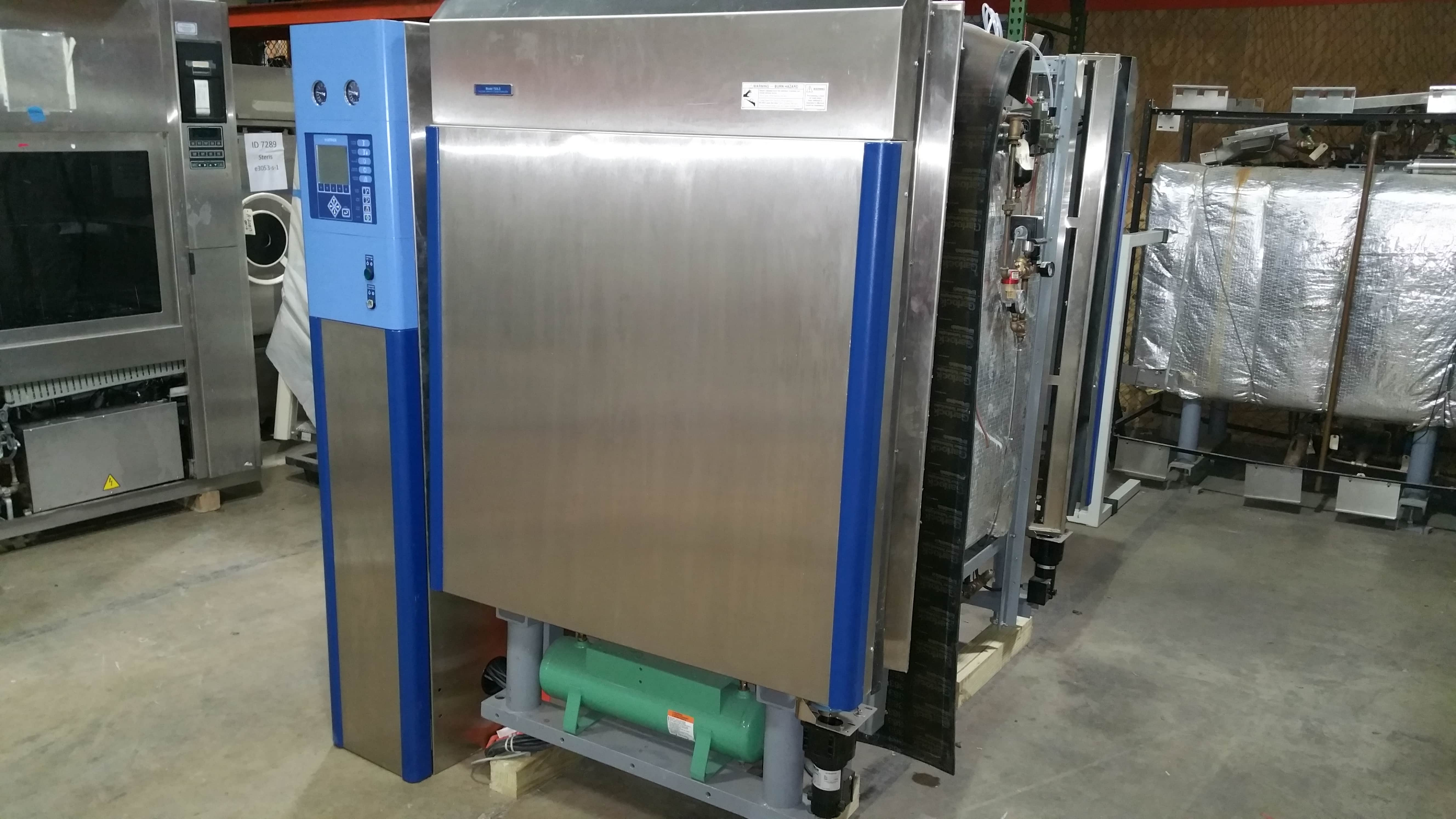 "Passthrough vacuum steam sterilizer:  Getinge 733LS double door (26.5""W x 36""H x 53""D)  Year 2004"