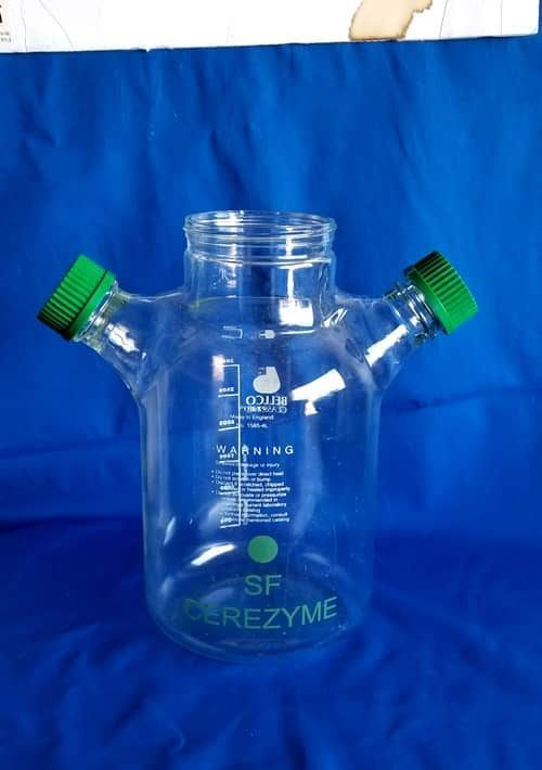 Bellco 3000 mL 3-Neck Glass Spinner Flask with 4 side caps