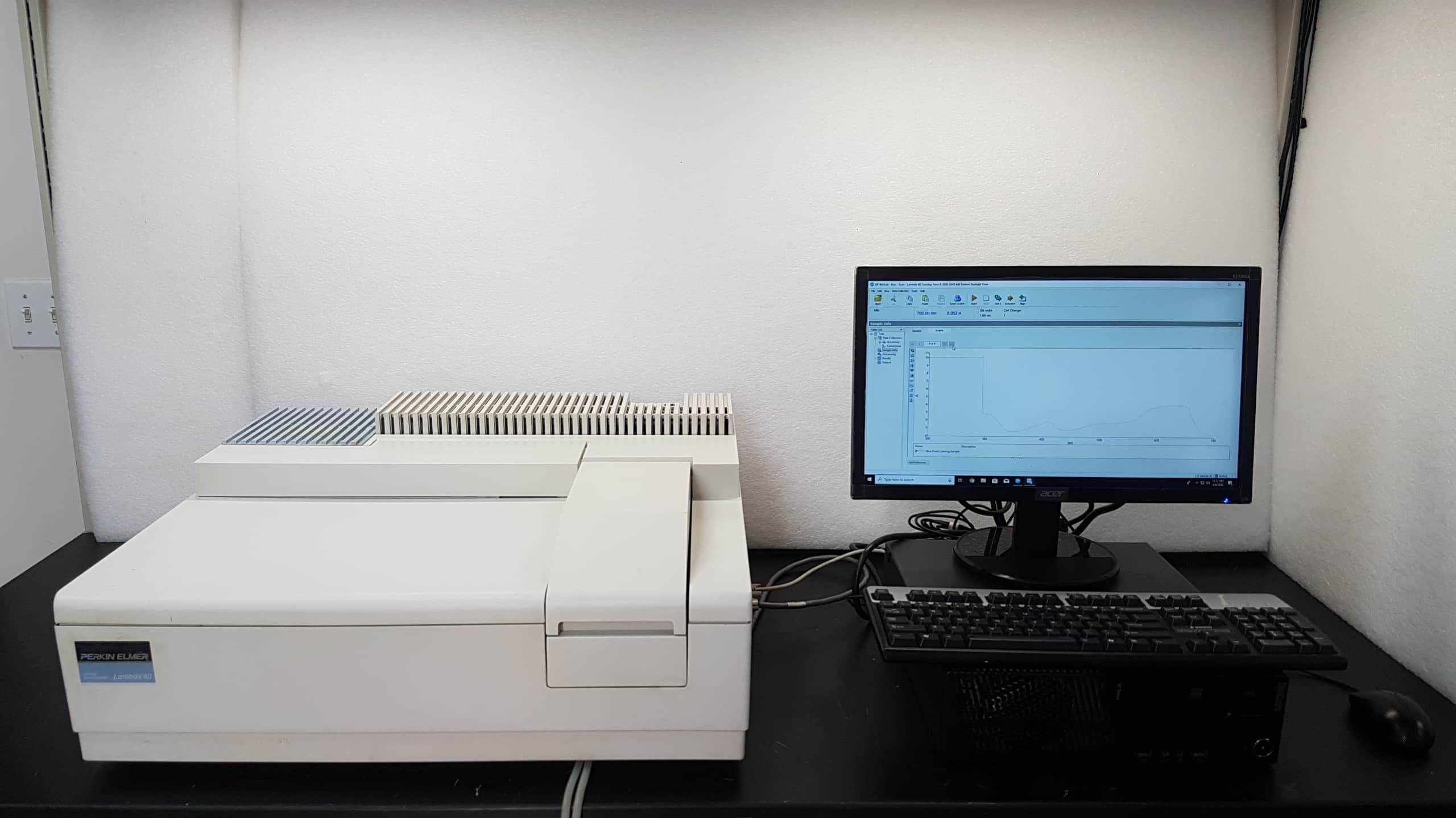 Perkin Elmer Lambda 40 UV/Vis Spectrometer