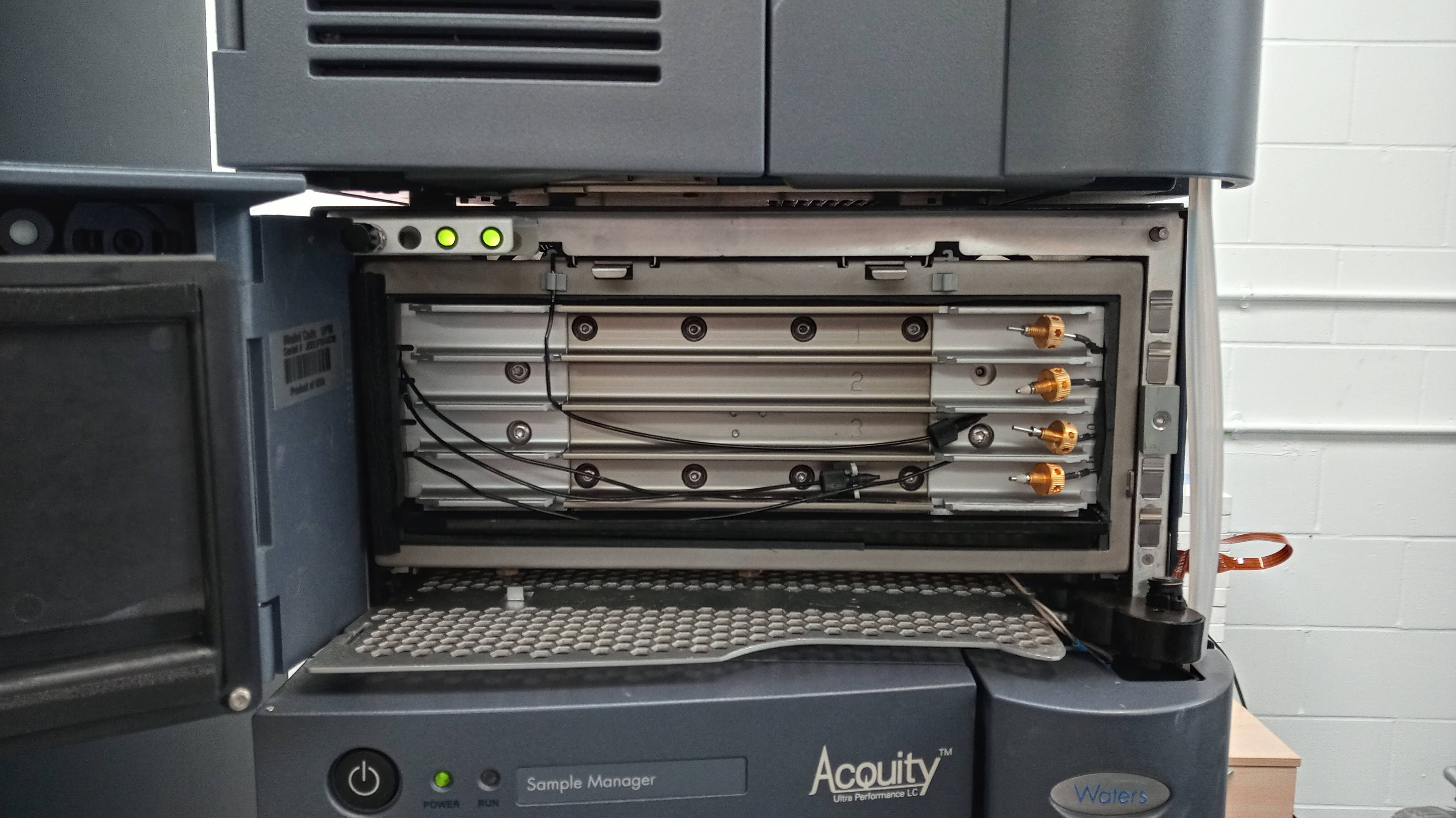 Waters Acquity Classic HPLC System with Software Package