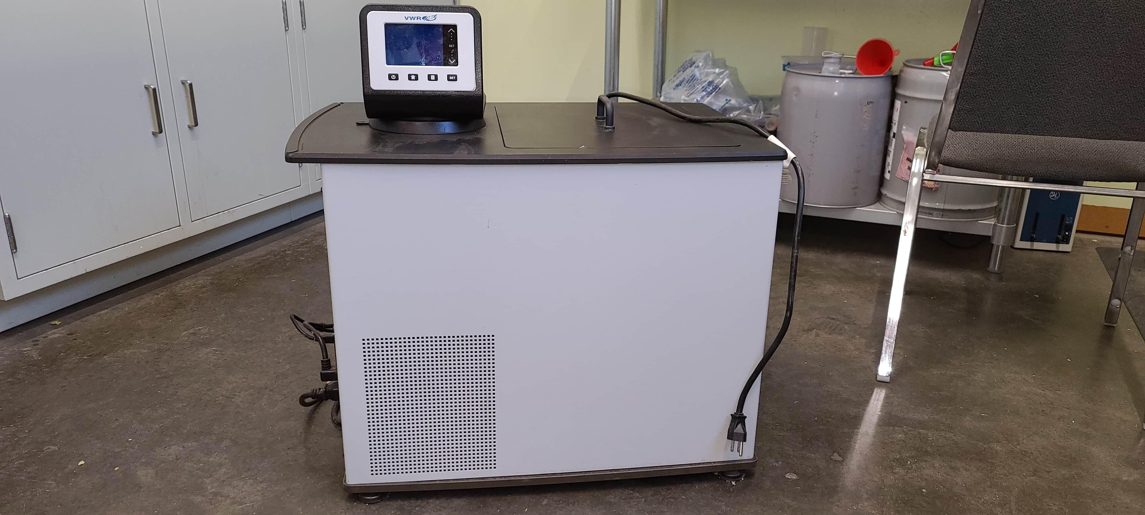 VWR Refrigerated Circulating Bath - AD28R-30-V11B - 28L