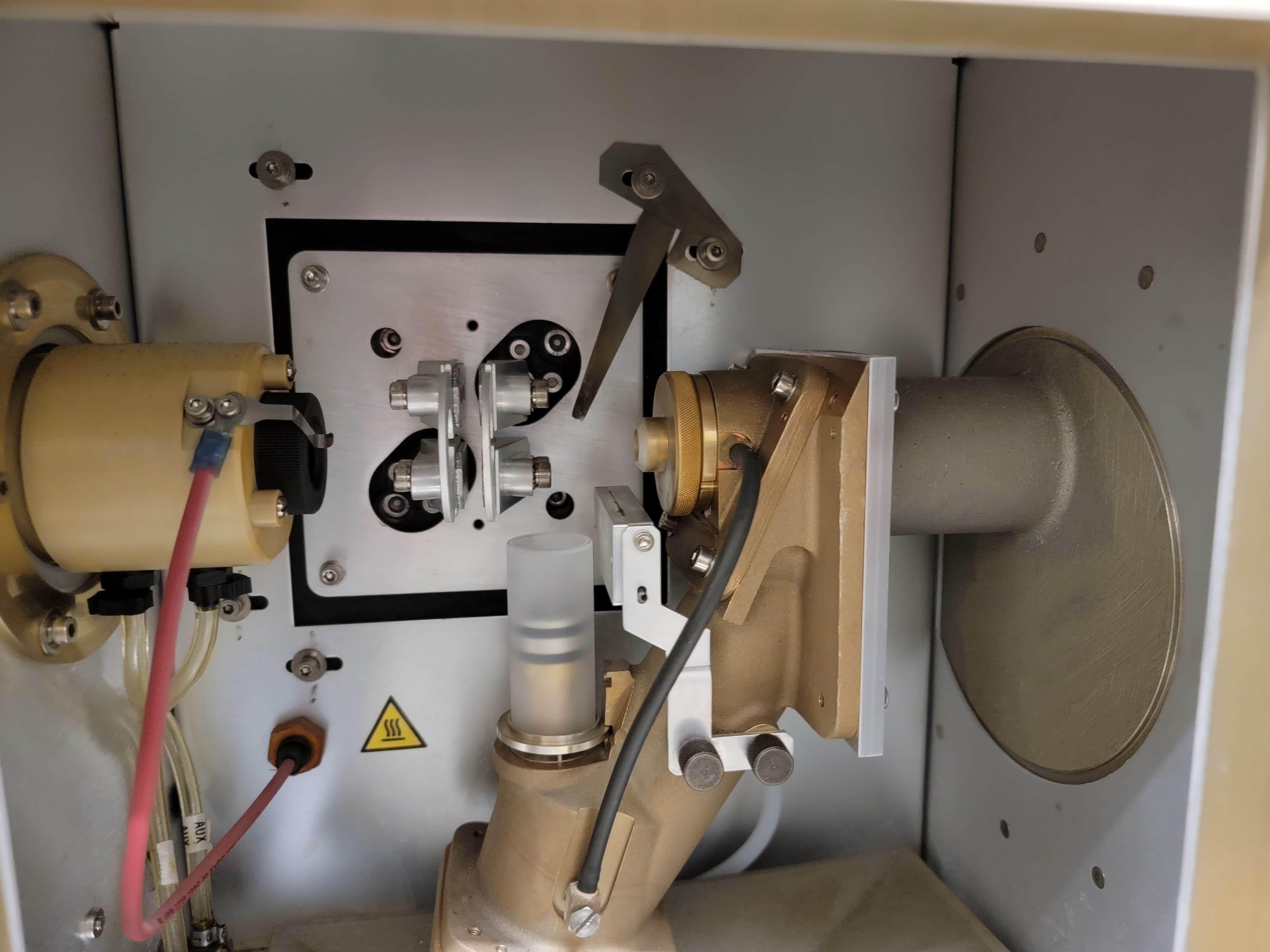 Perkin-Elmer 8300 Dual View ICP in working order