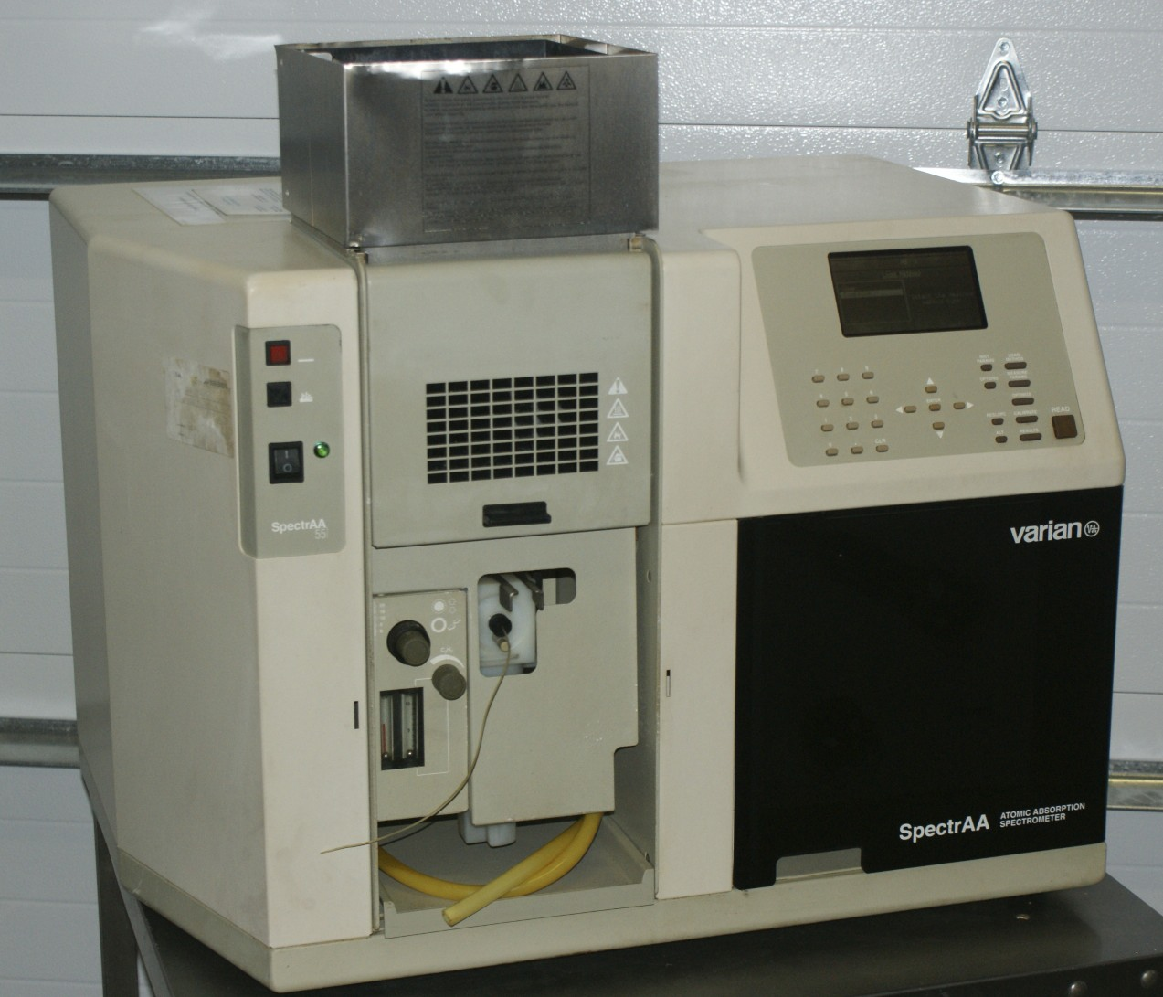Varian SpectrAA 55 series double beam Atomic Absorption Spectrometer SpectrAA 55 used