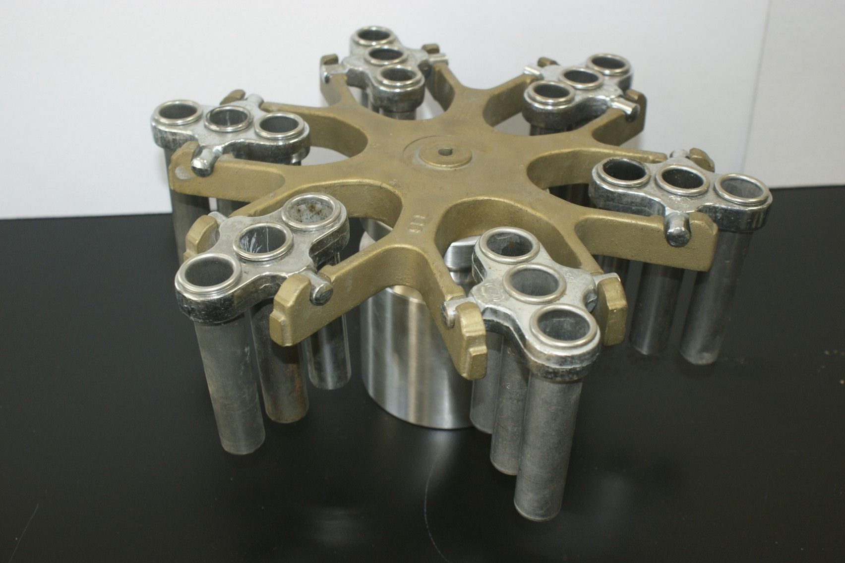 IEC 958 rotor IEC centrifuge rotor with IEC 355 holders and IEC 303 Tube Holders 18 positions used