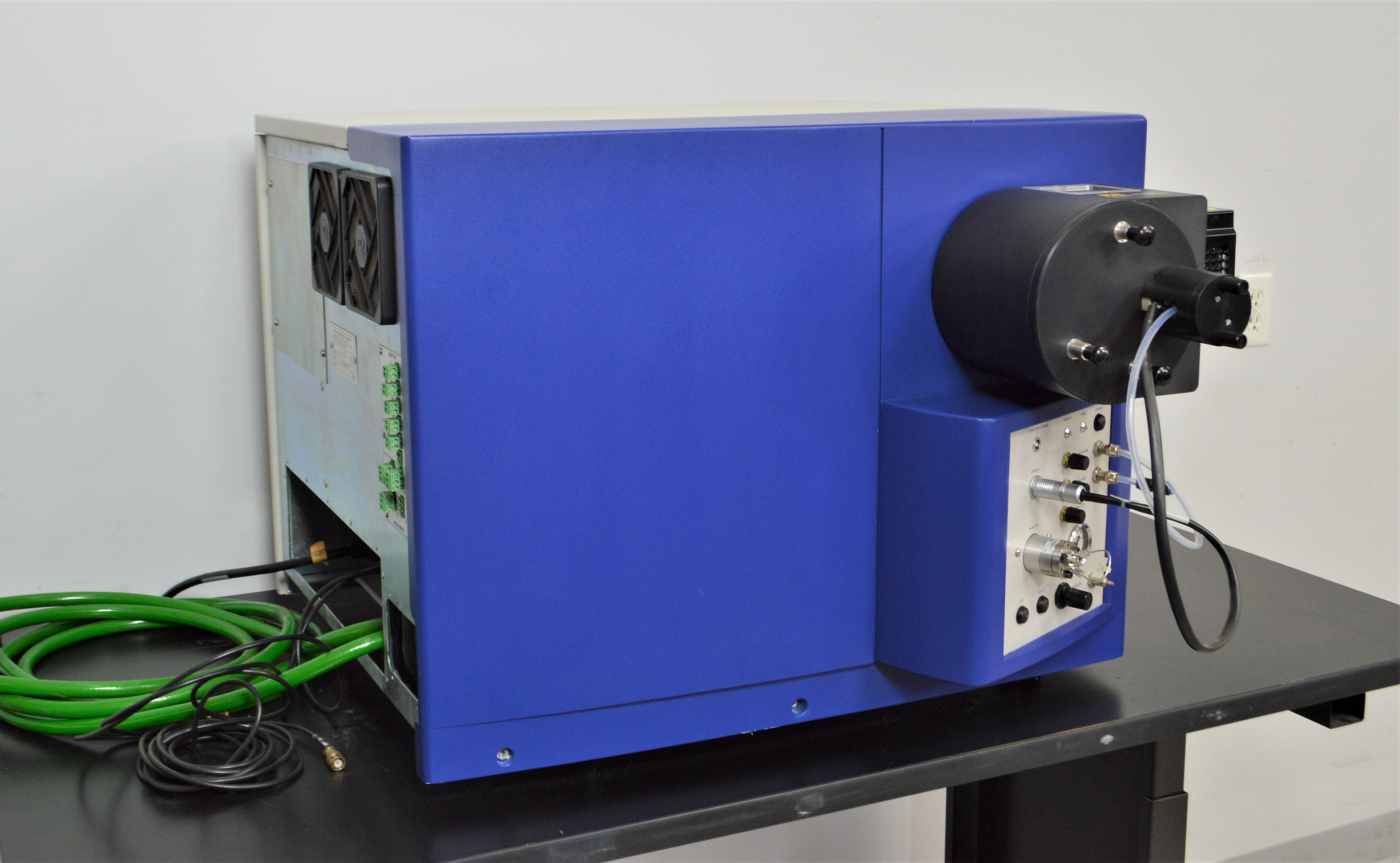 "Micromass LCT TOF Liquid Chromatography Time-of-Flight Mass Spectrometer <meta name=""descrip"