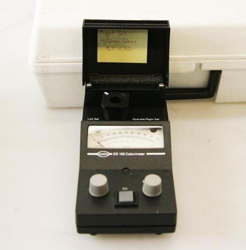Hach Colorimeter Model DR100 Model 41100-17 6719