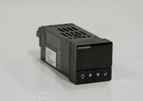 Omega Engineering CNi16D44-C24 Temperature Controller 12671 (See video)