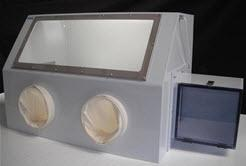 Cleatech isolation glovebox
