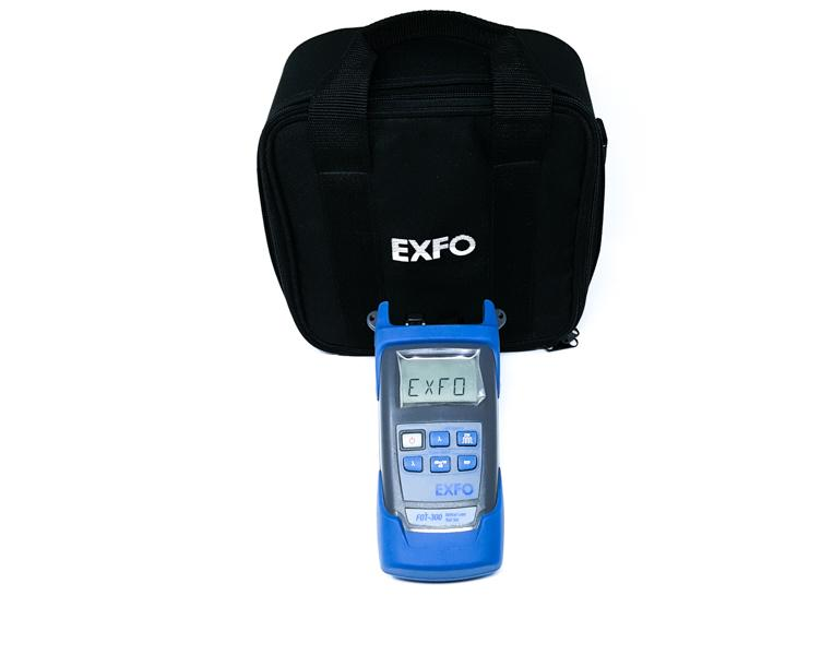 EXFO FOT-300 Optical Loss Test Set w/ FOA-98 LC & Case; 1310, 1490 and 1550 nm