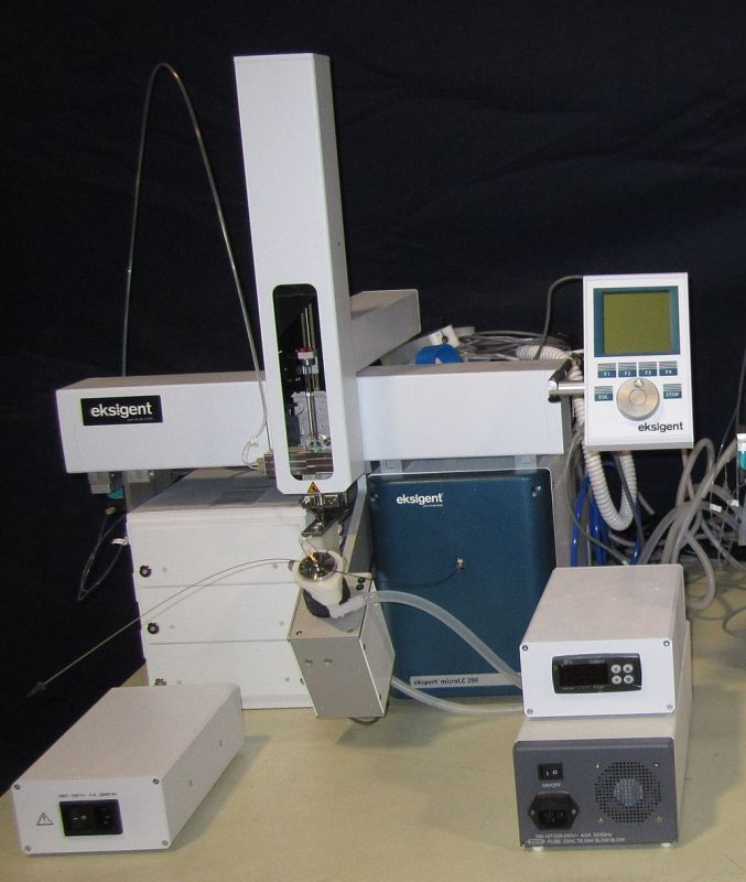 Eksigent MicroLC 200 system