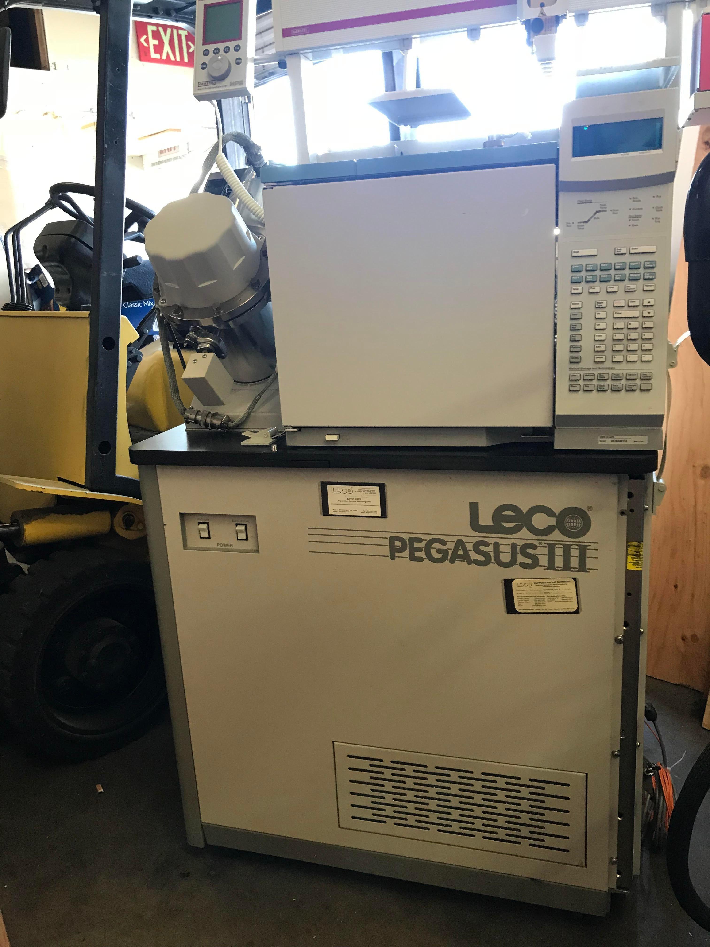 LECO PEGASUS III TOF With HP Agilent 6890N Series Gas Chromatograph GC FID