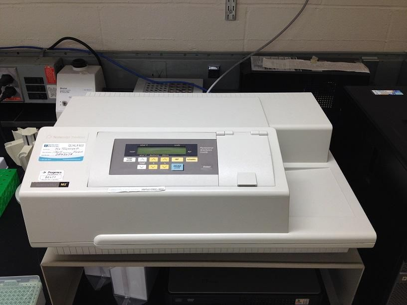Molecular Devices SpectraMax M2e Microplate Reader with 90 Day Warranty