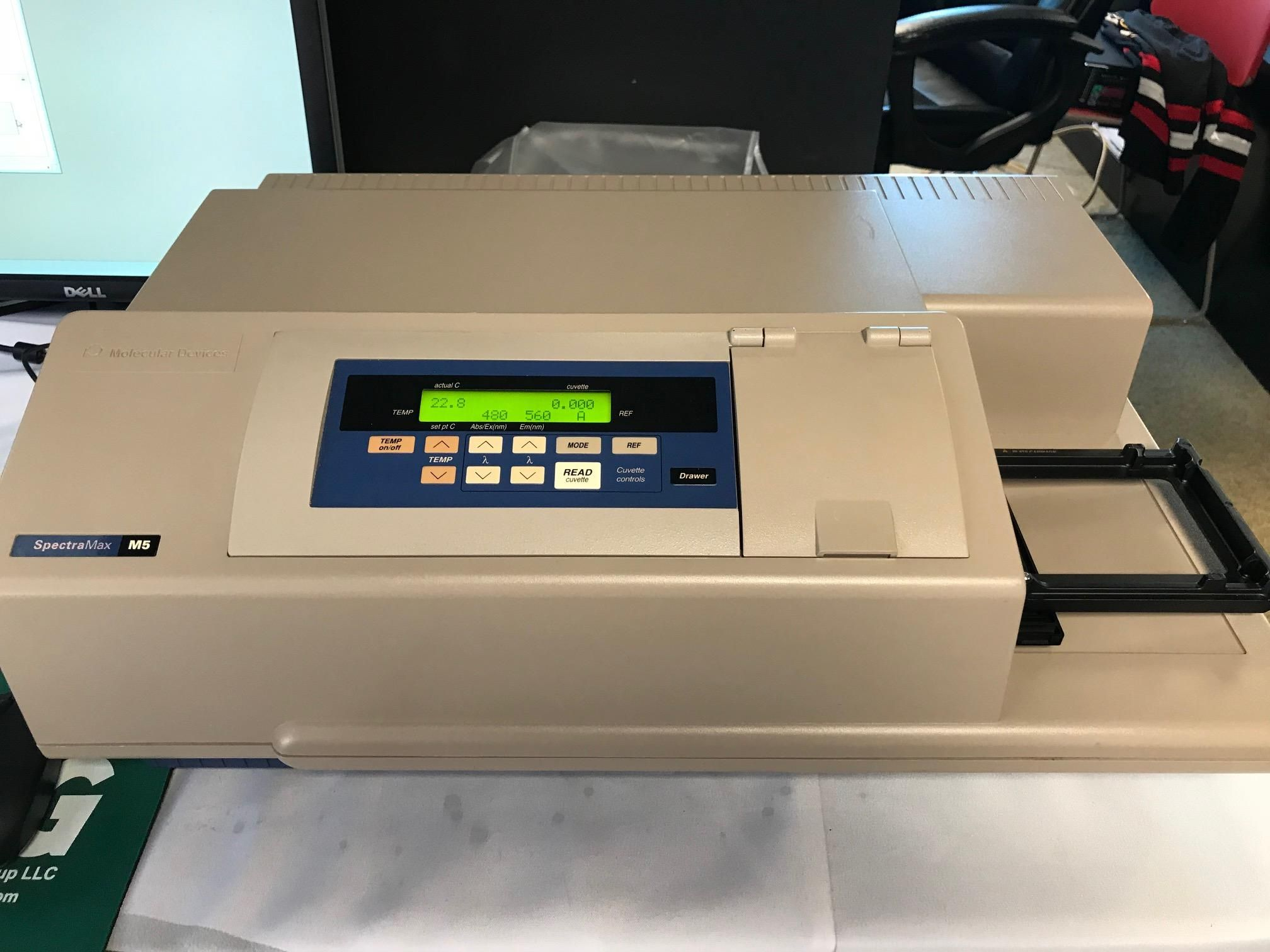 Molecular Devices SpectraMax™ M5 Microplate Reader with 90 Day Depot Warranty (Svc Contract Available)