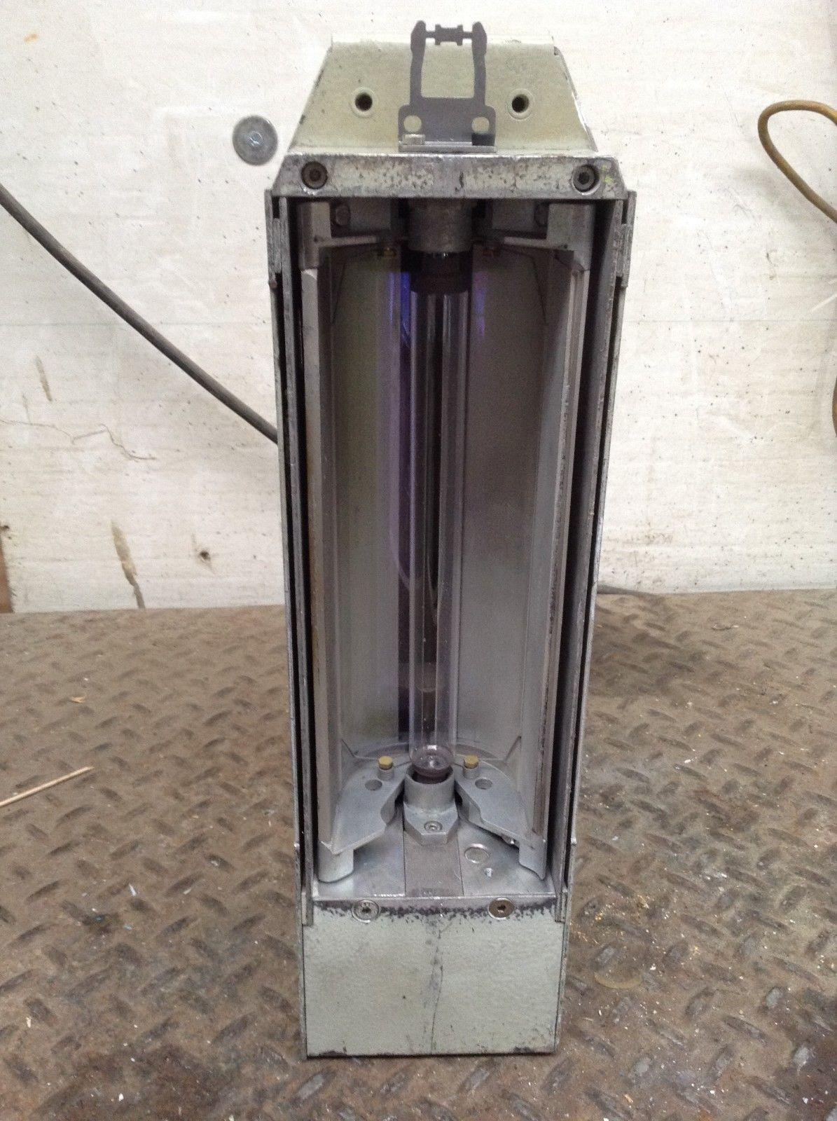 Werner Kammann Type K-Tronik UV20DFG11CO UV Lamp/Light Housing 180-420nm