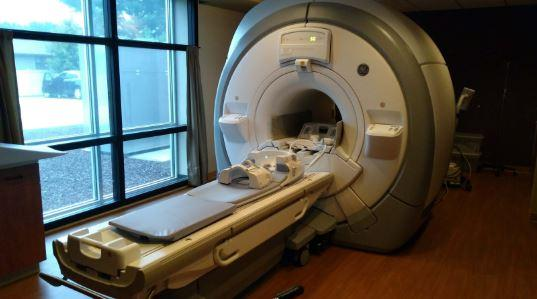 GE Optima 450W MRI Scanner