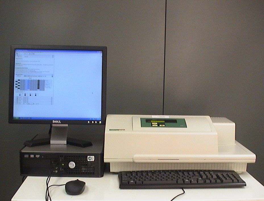 Molecular Devices VersaMax Tunable Microplate Reader Including Computer and Software