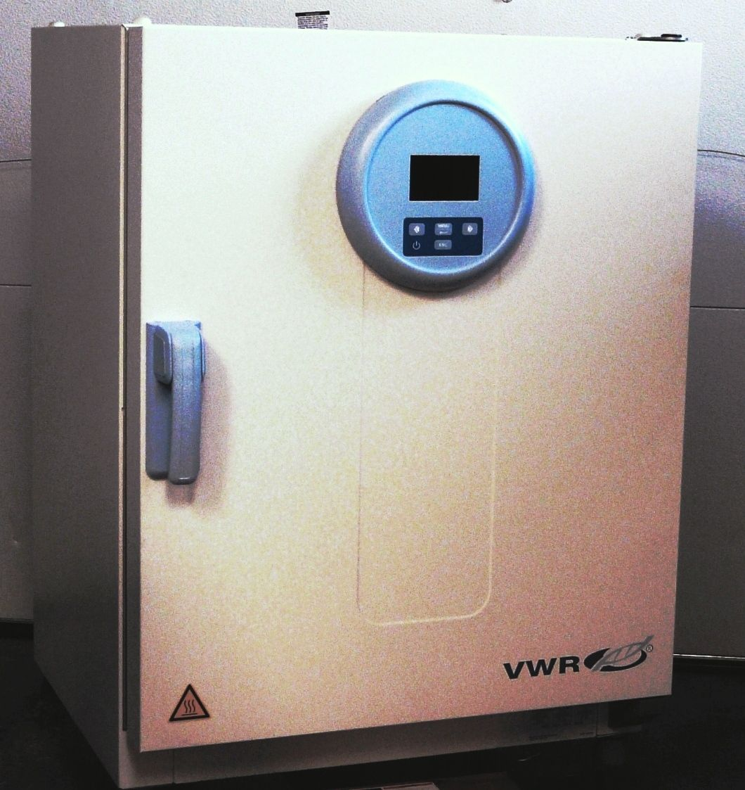 ~ VWR Forced Air Microbiological Incubator - 3.6 Cubic Ft Capacity