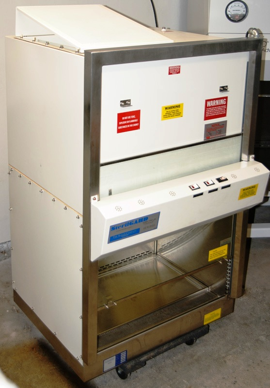 ~ Baker SterilGARD SG-250 Biological Safety Cabinet