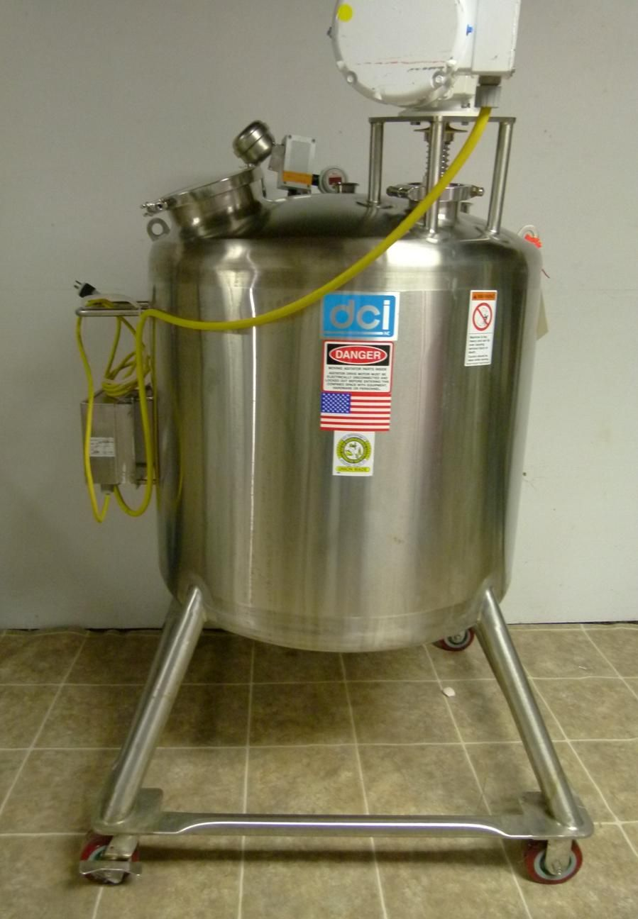 DCI 500 Liter Reaction Vessel with Agitator and MC Tech Controller