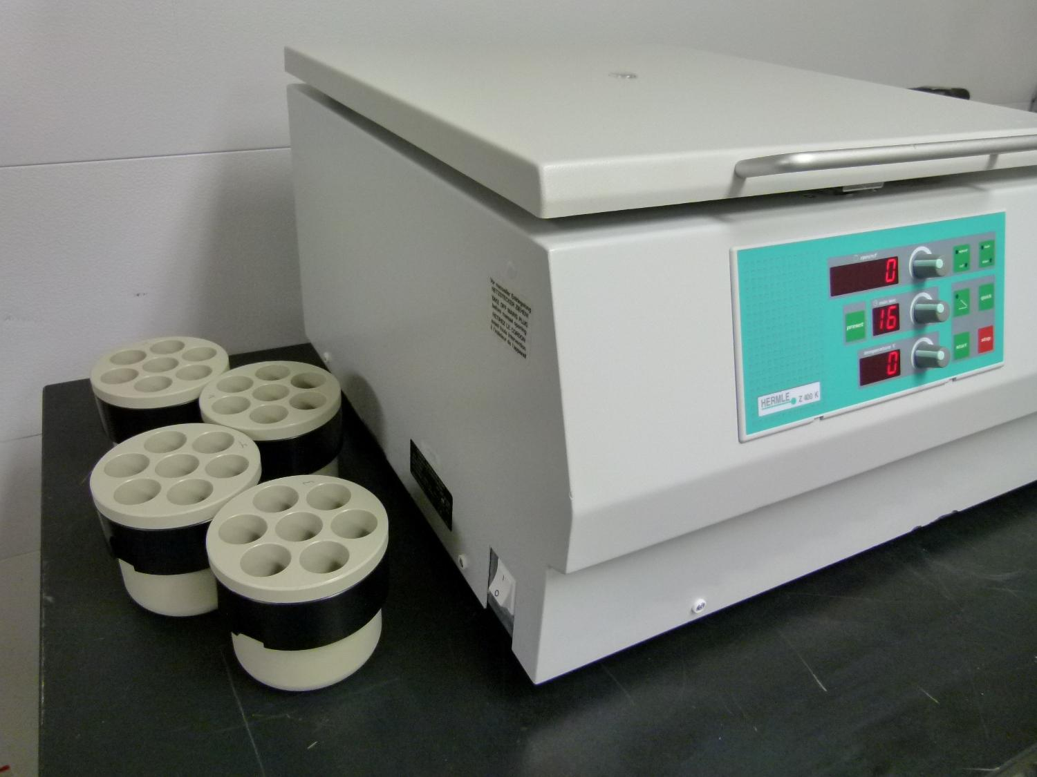 ~ Hermle Z400K Refrigerated Bench Top Centrifuge with Rotor and Buckets