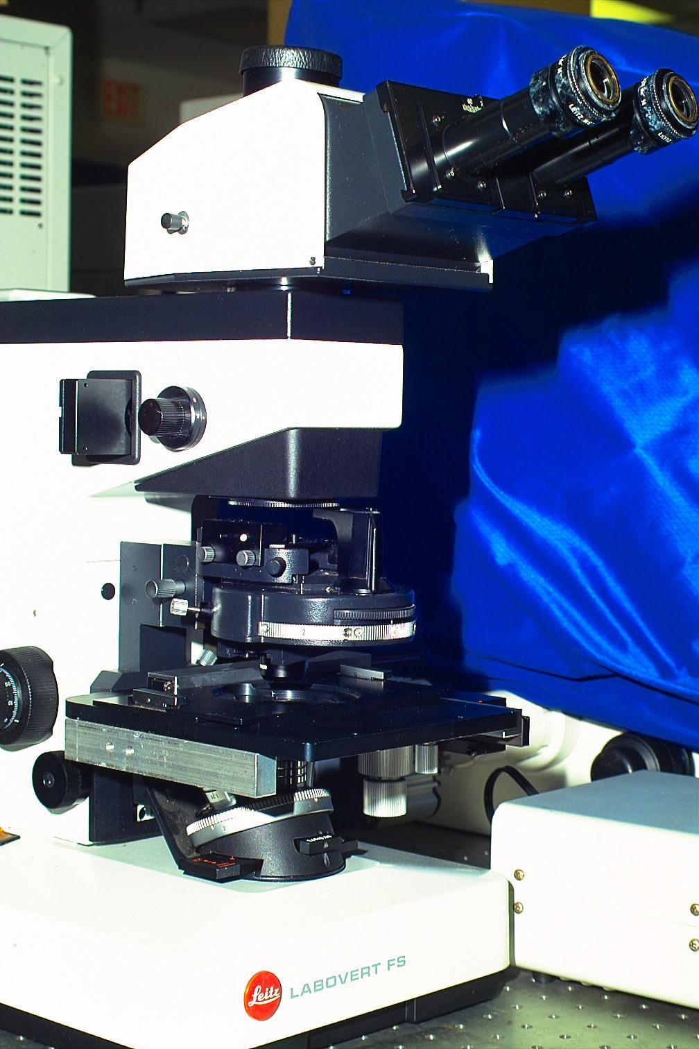 LEITZ DIC LABOVERT FS INVERTED MICROSCOPE FOR MANIPULATION - IVF LIVE CELL STUDIES