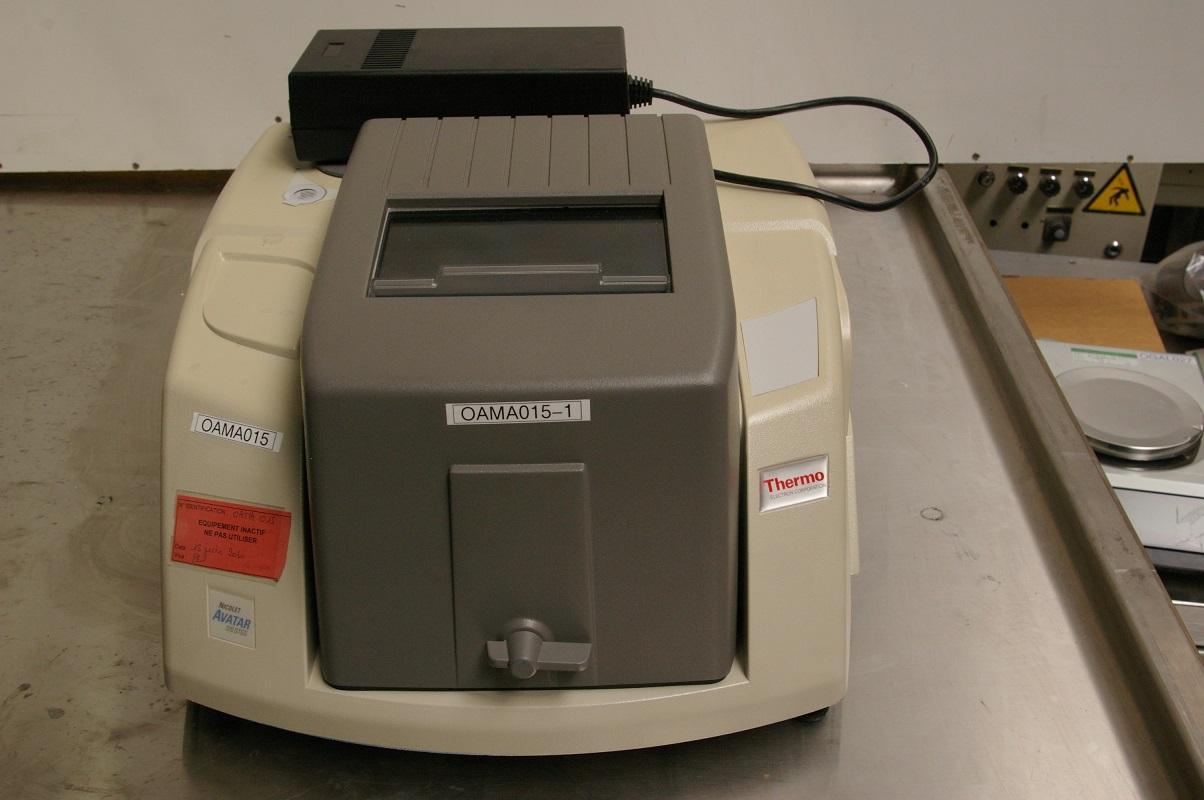 SPECTROMETER FT-IR THERMO AVATAR NICOLET 370 DTGS