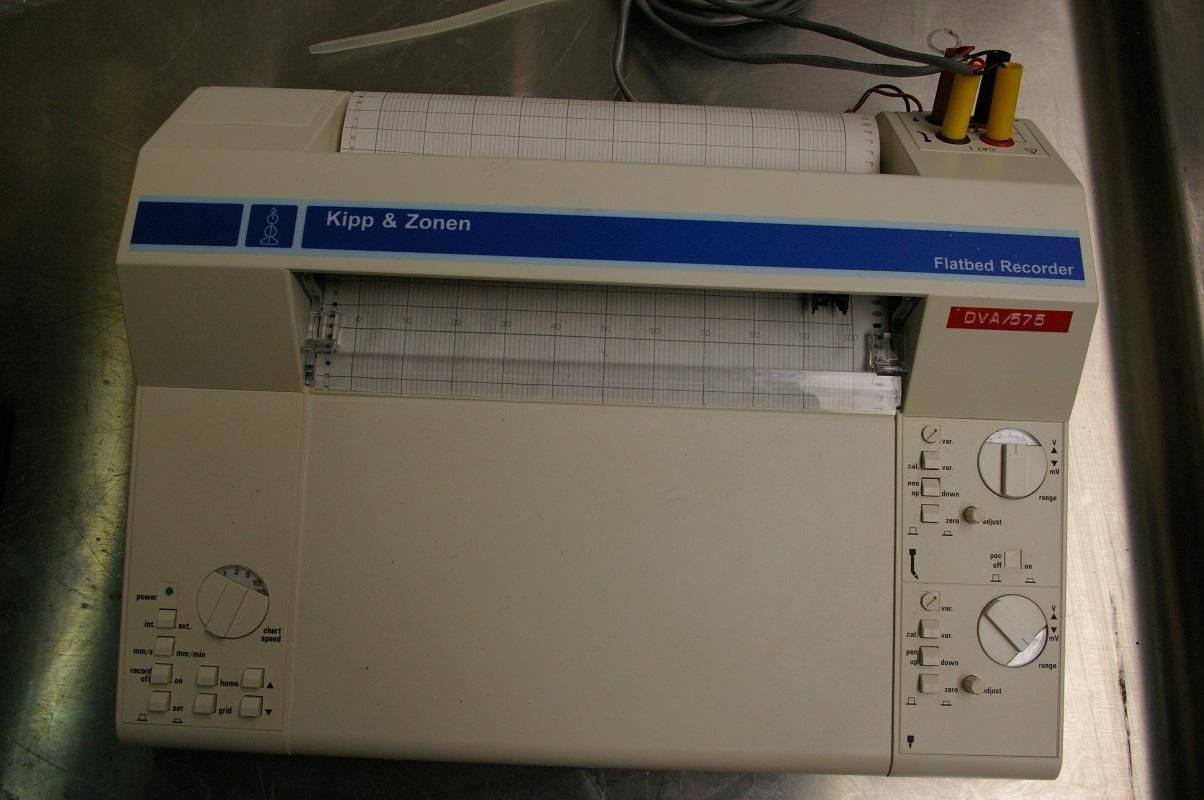 FLATBED CHART RECORDER DUAL CHANNEL KIPP & ZONEN BD12E