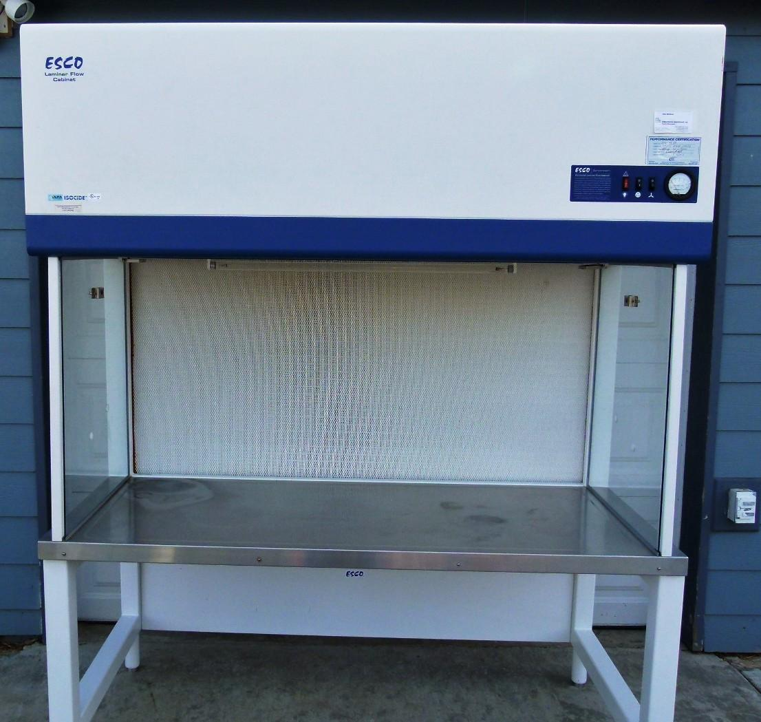 ~ ESCO Airstream 5 Ft Laminar Flow Cabinet with Base