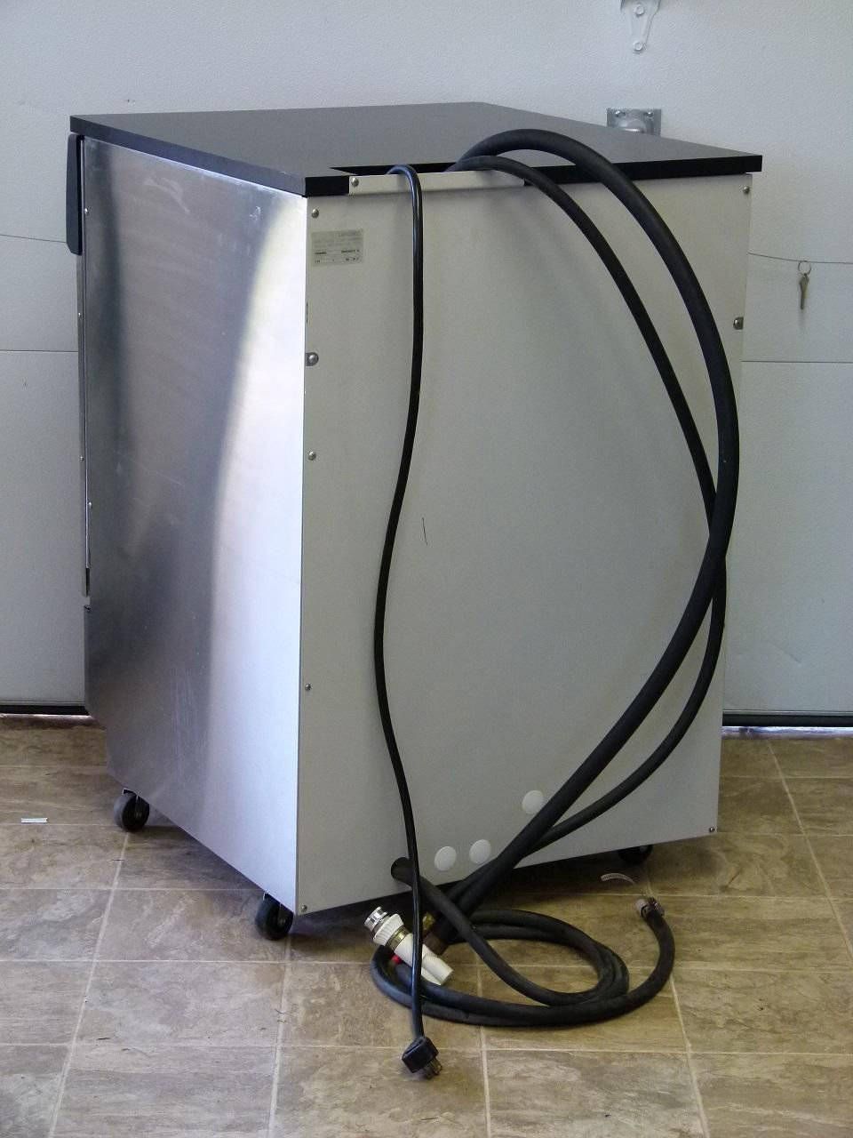 ~ Labconco Model 44000-00 Free Standing Steam Scrubber