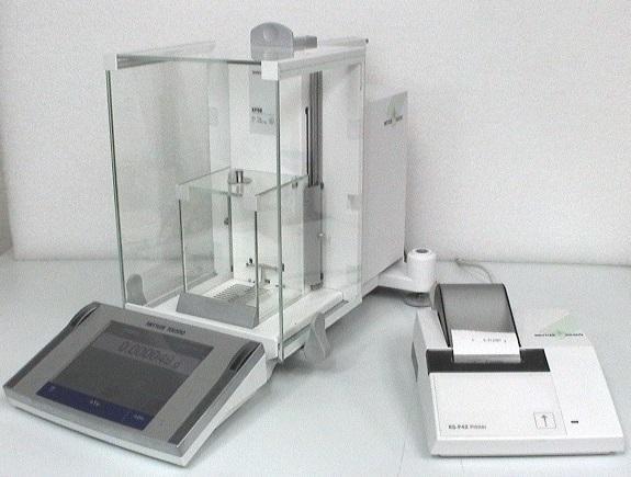 Mettler Toledo XP56 Digital Analytical Balance with Optional Printer