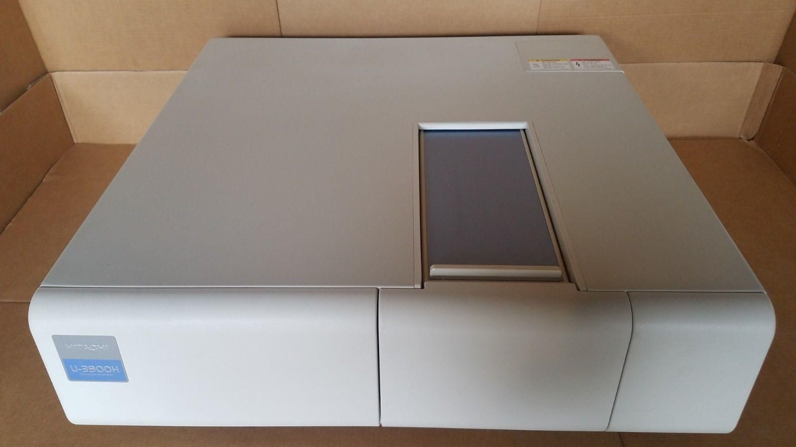 Hitachi U3900H Spectrophotometer - includes software!