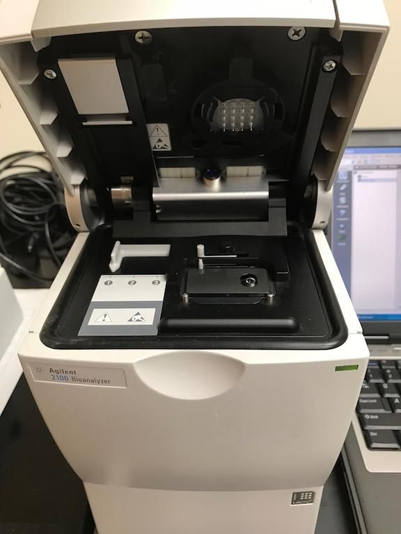 Agilent 2100 Model G2938C Bioanalyzer Complete system-NGS Analysis!