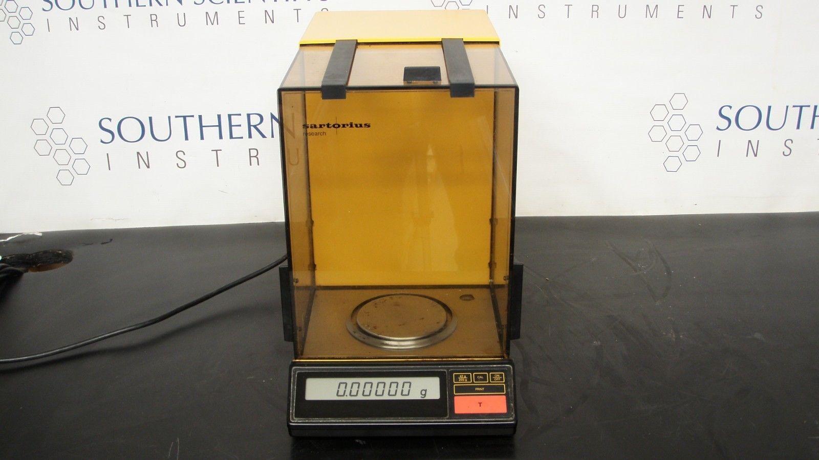 Sartorius Research Analytical Balance Model R200 D