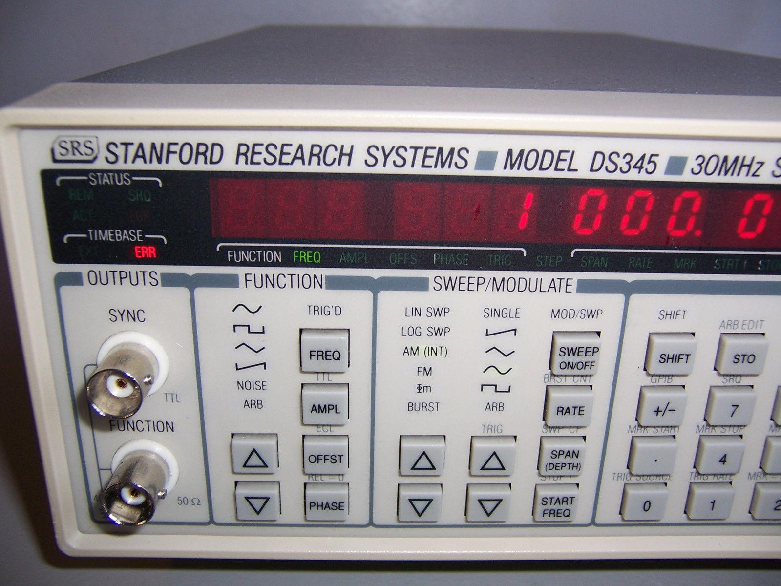 9836 STANDFORD RESEARCH SRS DS345 30MHZ SYNTHESIZED FUNCTION GENERATOR OPT 1&2