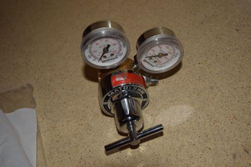++ MATHESON MODEL 3320 GAS REGULATOR