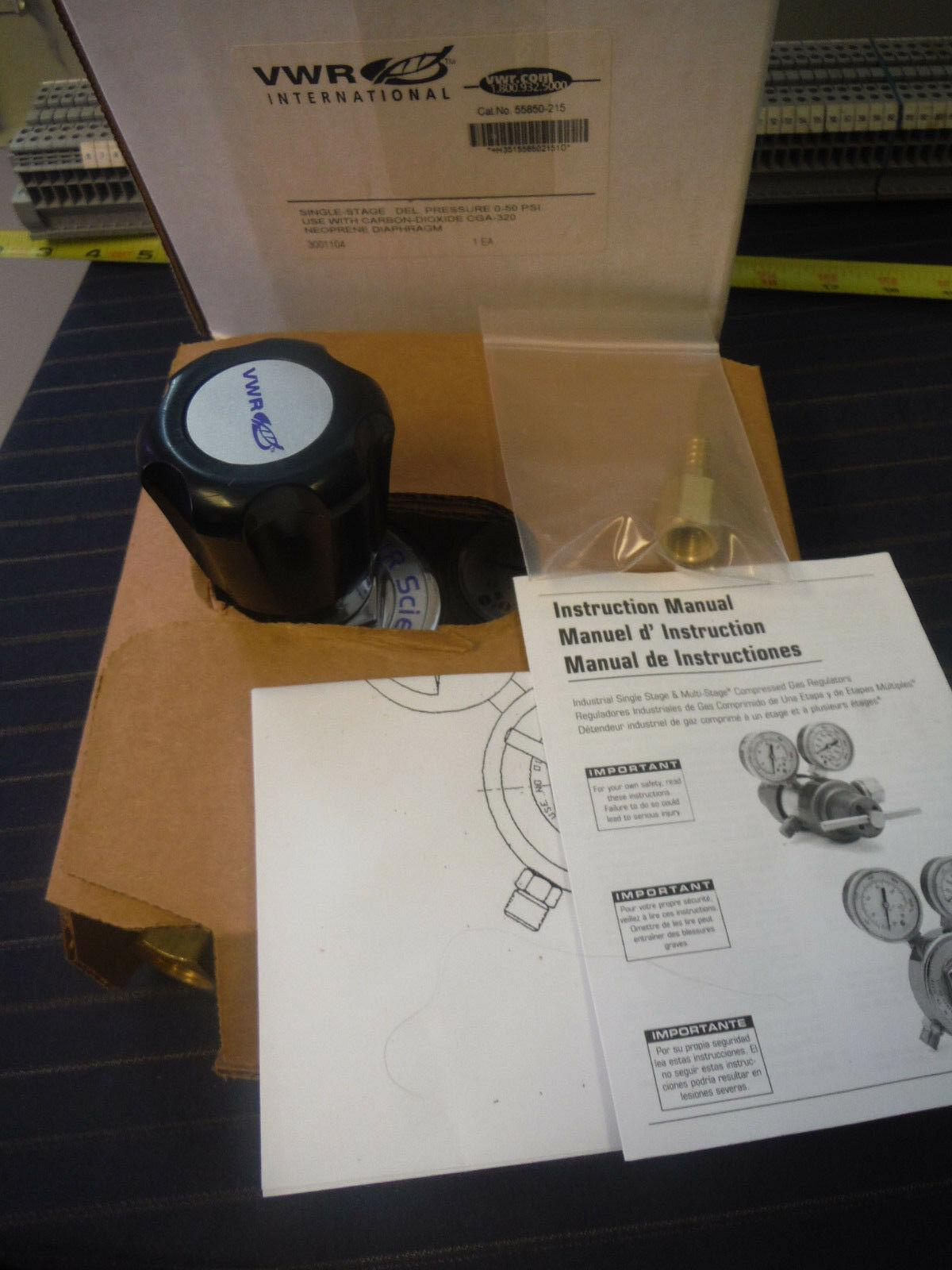 VWR 55850-215 Single-Stage Gas Regulator 0-50 psi, Brass, Carbon Dioxide CGA-320