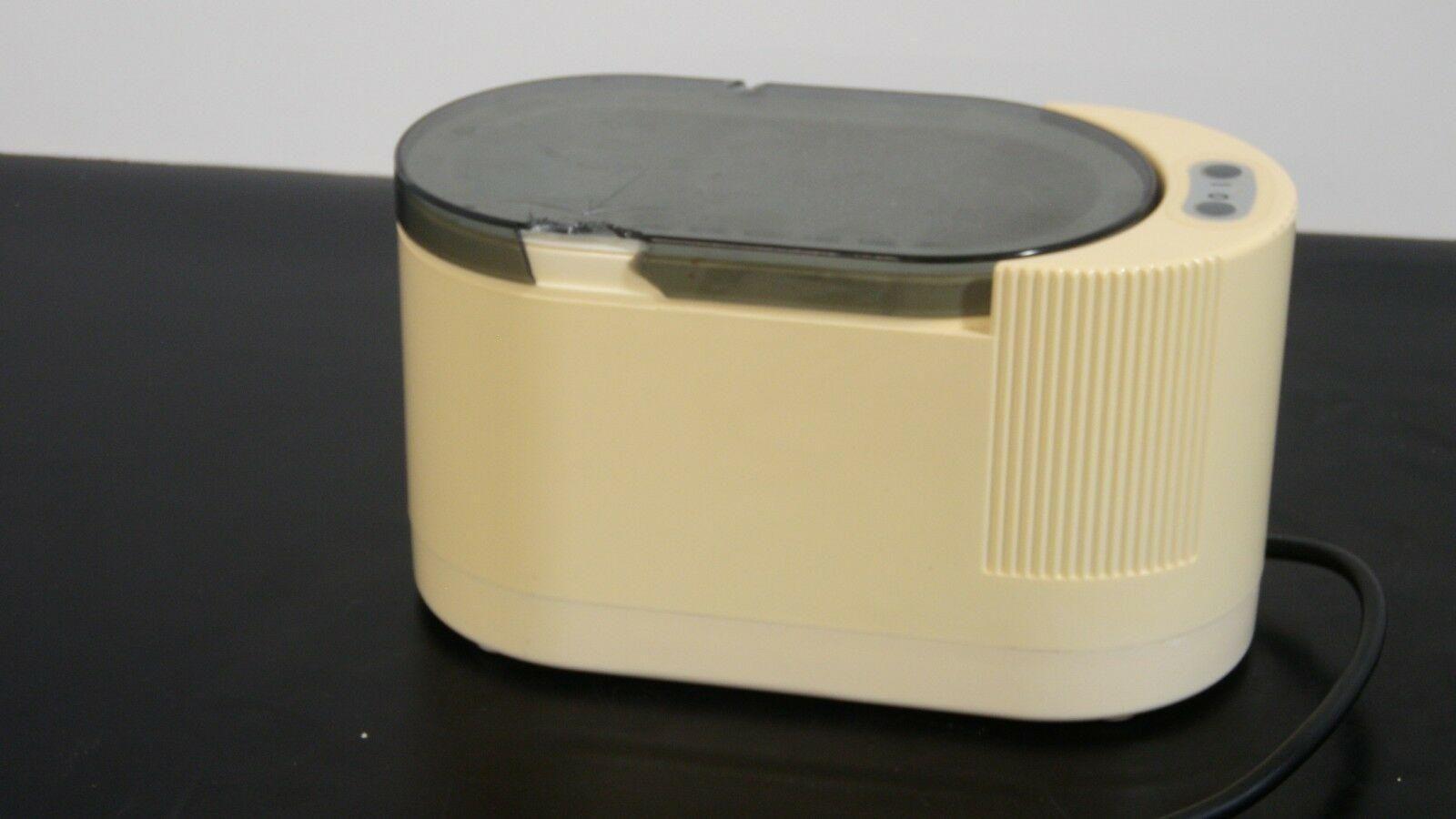 Branson Ultrasonic Cleaner Model: B 200
