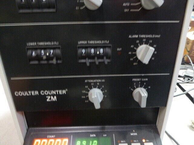 COULTER COUNTER ZM & SAMPLING STAND STIRRER NON DOA WARR 4309/KR