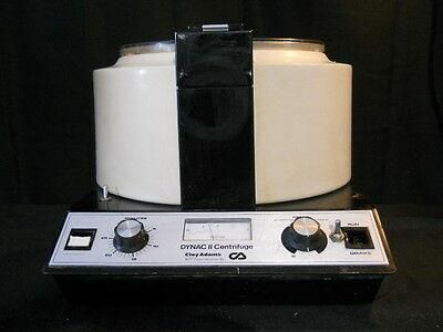 Clay Adams Dynac II Centrifuge w/ 6 Place Fixed Angle Rotor