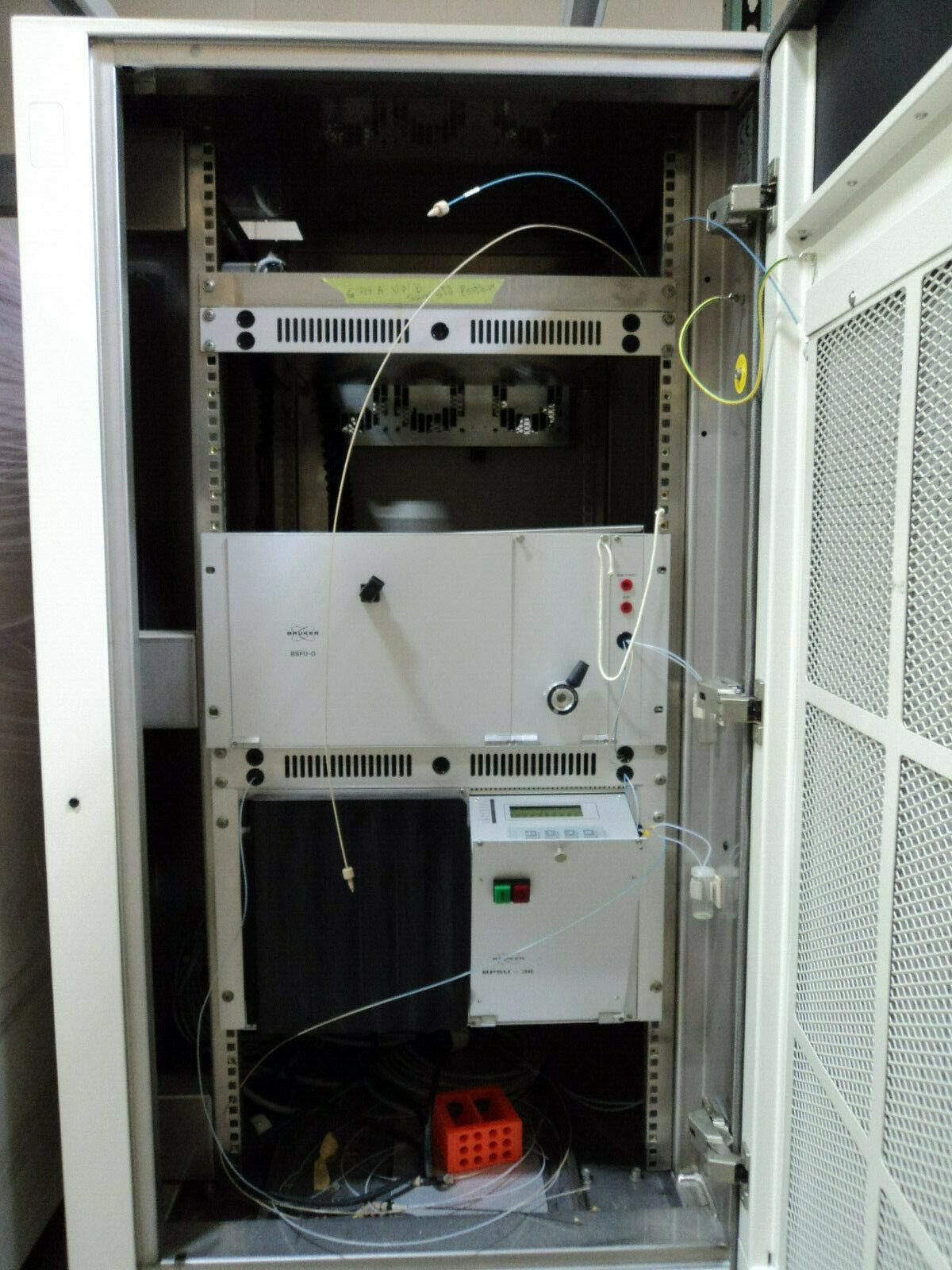 Bruker LC NMR HLCNMR Single Cabinet Console