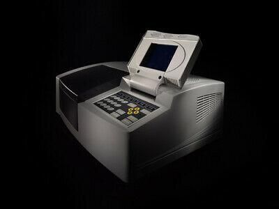 PERSEE T7DS Double Beam UV-Vis, a high performance double beam Spectrophotometer