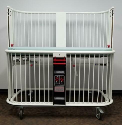 Pedigo Midmark 500 Pediatric Infant Crib with Pad